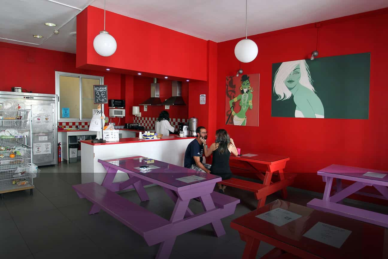 red-nest-hostel-valencia